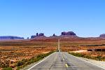 Das berühmte Monument Valley ist bestimmt eines der am häufigsten fotografierten Motive zwischen Utah und Arizona