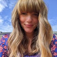 Lisa_Mills