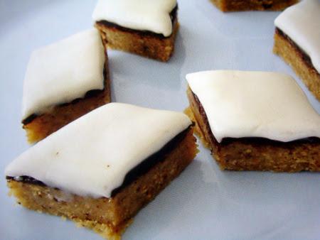 Самодельные пирожные