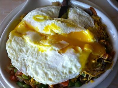 breakfast, eggs, skillet