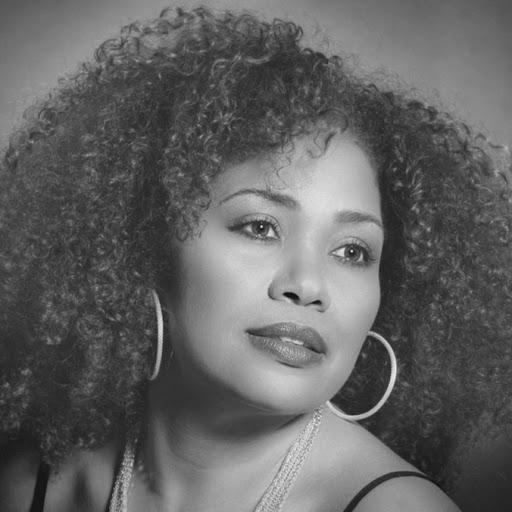 Mayra Bello