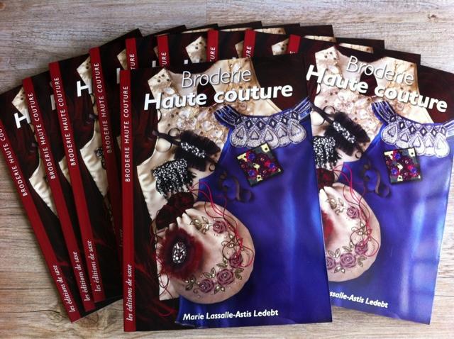 Atelier Mlabroderie En Normandie Broderie Haute Couture