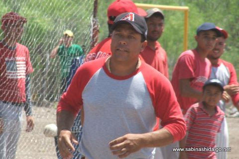 Cruz Sánchez de Vallecillo en el softbol del Club Sertoma
