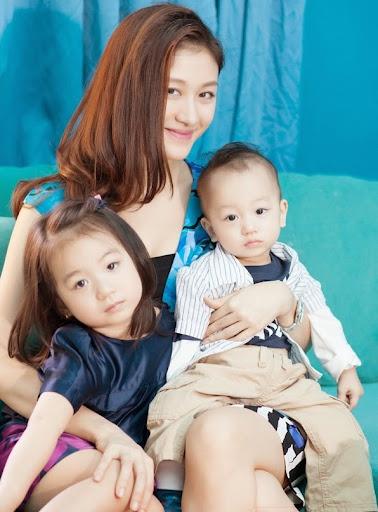 Những bà mẹ 9X có 2 con vẫn xinh đẹp hút hồn