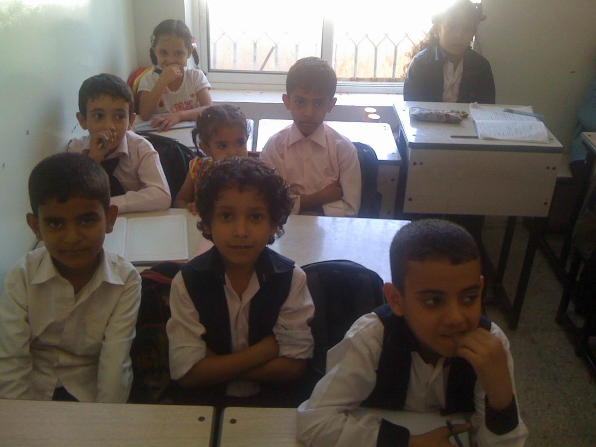 صور طلاب مدارس الخليج الأهلية: طلاب مدراس الخليج الأهليه ...