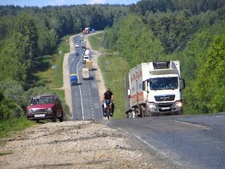 La M-7 n'est pas faite pour les cyclistes...mais pas du tout !!!