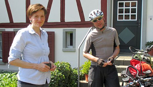 Gudrun und Chris on the Bike in Wettingen