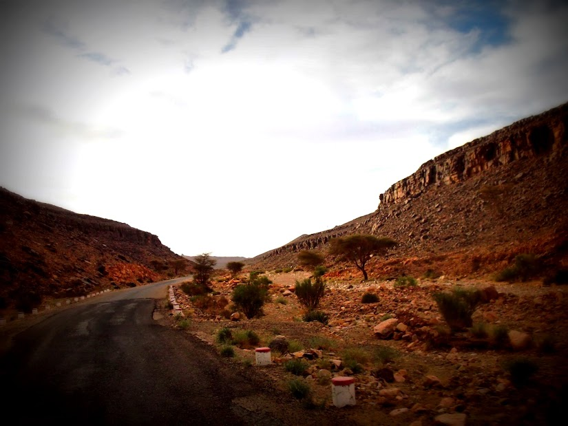 Marrocos e Mauritãnia a Queimar Pneu e Gasolina - Página 12 DSCF1419