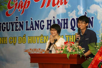 Hai MC Quang Anh và Hà Phương