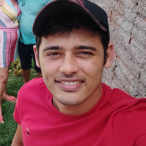 Gustavo Macedo26