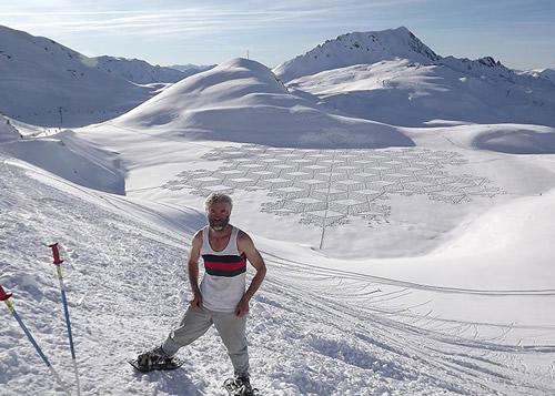 Simon-Beck-Snow-art 3