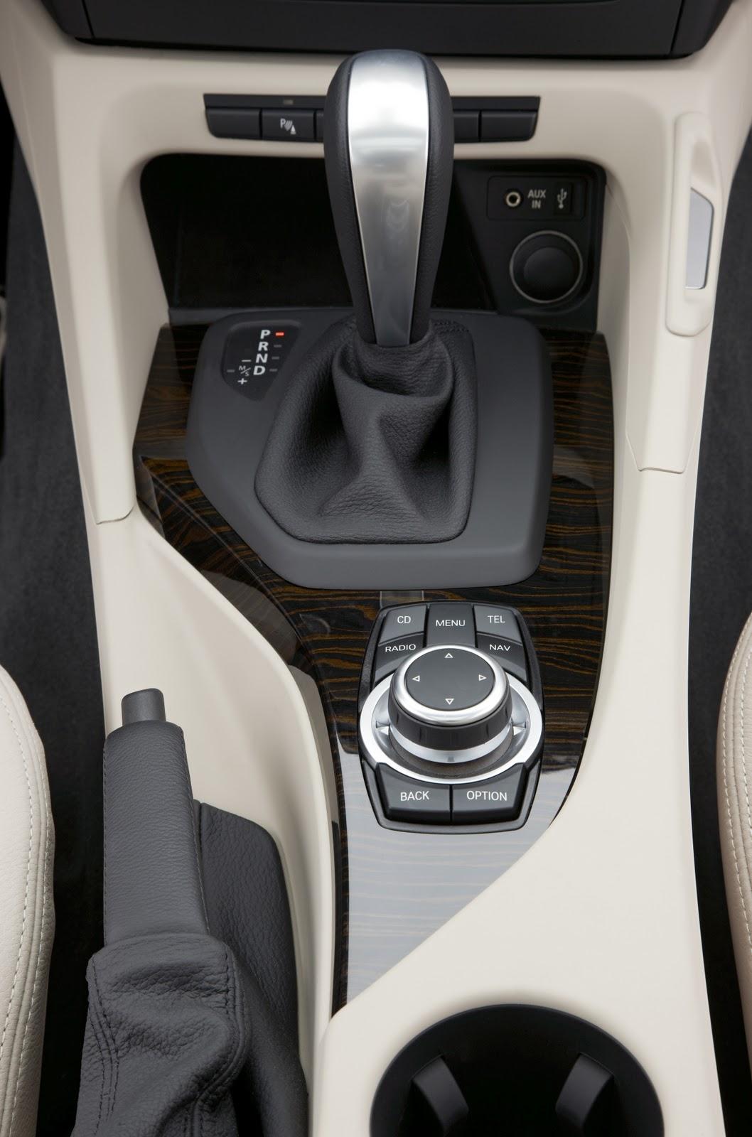 Bmw Automobiles Bmw X1 2011 Interior