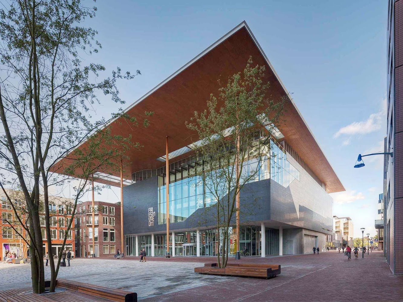 Leeuwarden, Paesi Bassi: Fries Museum by Bierman Henket Architecten