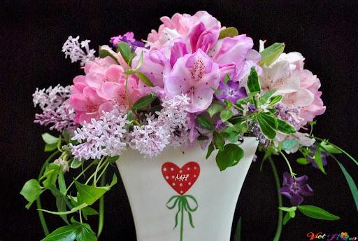Cắm hoa ngẫu hứng cho ngày tết