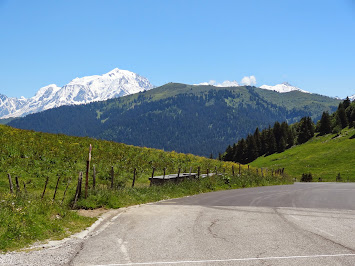 Au Sud, vue sur le Mont Blanc