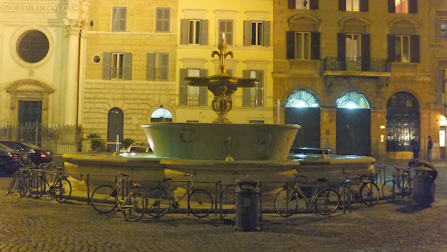 Piazza Farnese, Roma, Italia, Elisa N, Blog de Viajes, Lifestyle, Travel