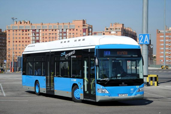 El primer autobús híbrido GNC + Eléctrico de la EMT