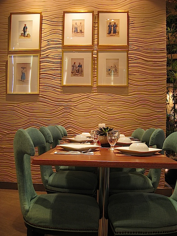 interior of Crisostomo Restaurant