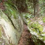 Rocks on Stockyard Spur track (34217)