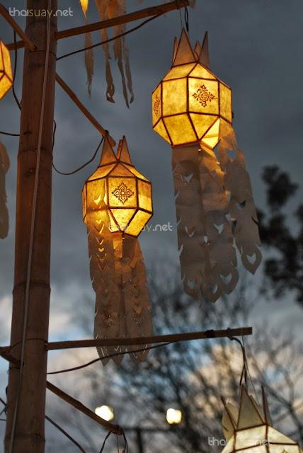 Лой Кратонг: кораблики, свет, никаких шаров