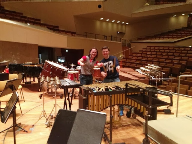 Vásquez and Grubinger rehearse for the concert on June 4.