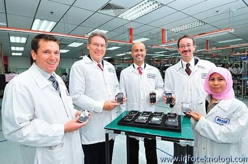 handphone blackberry made in malaysia