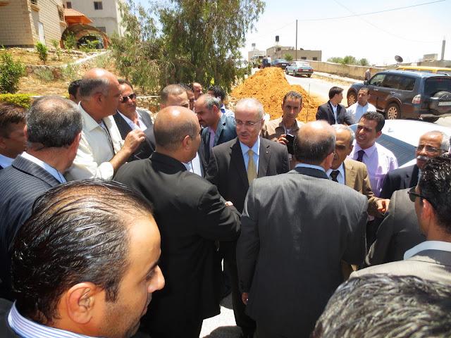 صور افتتاح منتزه الفردوس (النادي الرياضي) بحضور رئيس الوزراء د.رامي الحمدلله IMG_2963