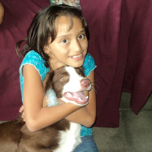 Alicia Rosales Photo 14