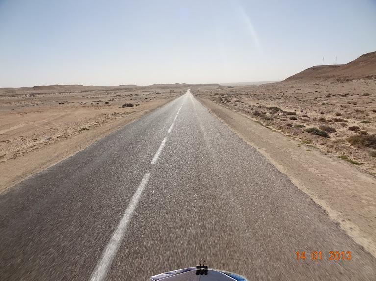 Marrocos e Mauritãnia a Queimar Pneu e Gasolina - Página 5 DSC05829