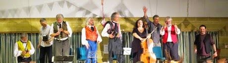 Eynsham Folk Weekend 2014 image � Richard Heard