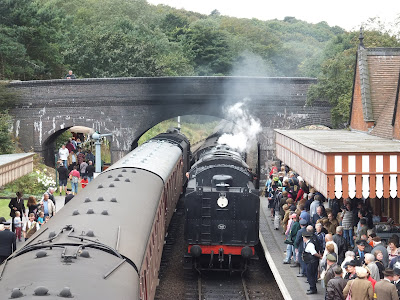 A very busy Weybourne station on the 40's weekend