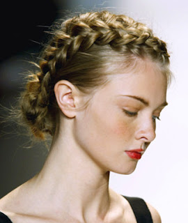 Hairstyle For Braided Hair - Celebrity Hairstyle Ideas