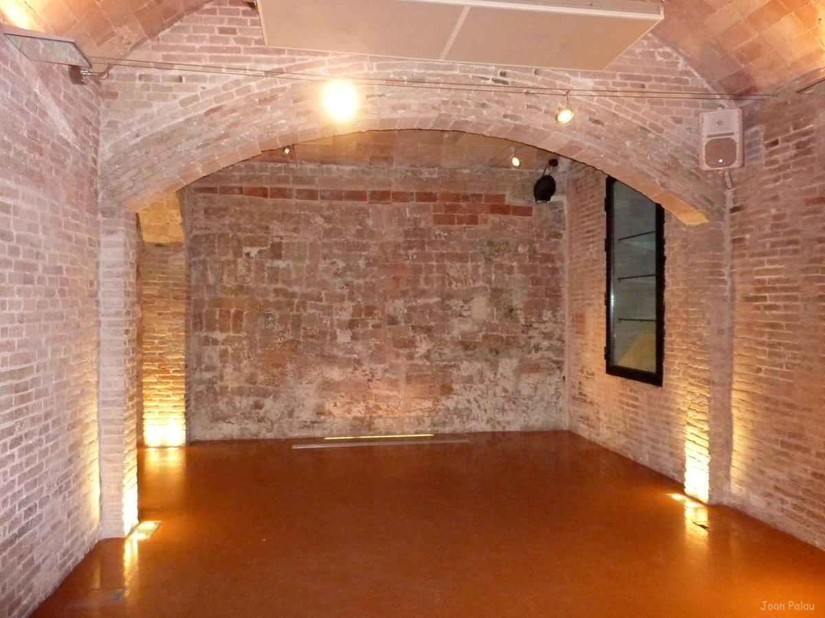 Casas de ladrillo con arcos foto fachada con arcos de for Arcos de ladrillo rustico