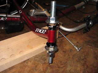 Installation d'une suspension avant sur un ICE Q Img_2685