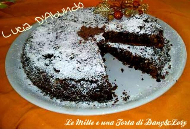 torta caprese con mandorle, amaretti e cioccolato