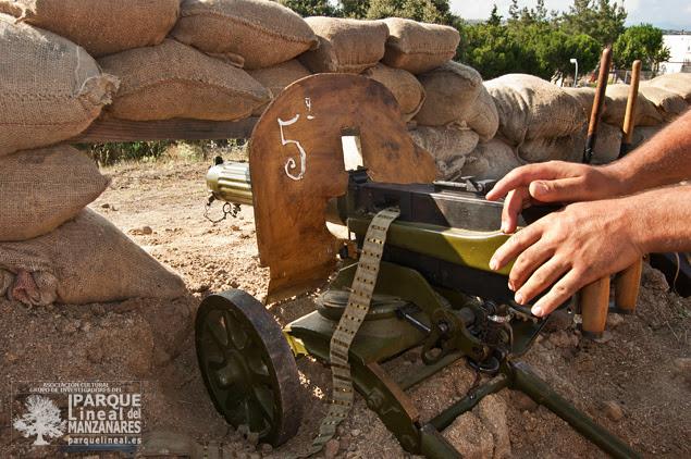 La ametralladora Maxim M1910/28 de origen ruso, que será una de las armas clave durante la batalla