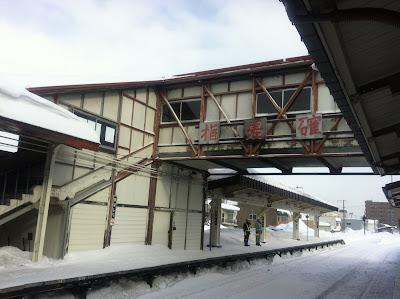 雪の網走駅