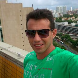 Luciano Cruz