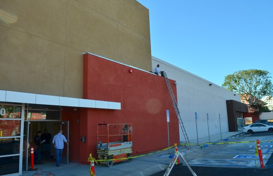 Hospital Office Workers Not Whole Foods Clerks Prepare To Move Into Old Circuit City Store