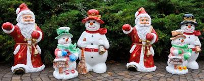 Ja ist denn schon Weihnachten? Auch Nikolaus und Co. waren beim Hamburger Fischmarkt in Neuenburg anzutreffen.