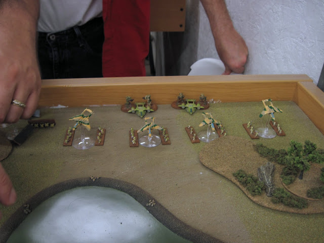 Bill's Elysians waiting to be slaughted by Chris's Iron Warriors.