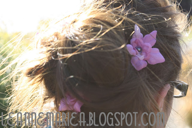 CROWN-AND-GLORY-FLOWER-HAIR-CLIPS