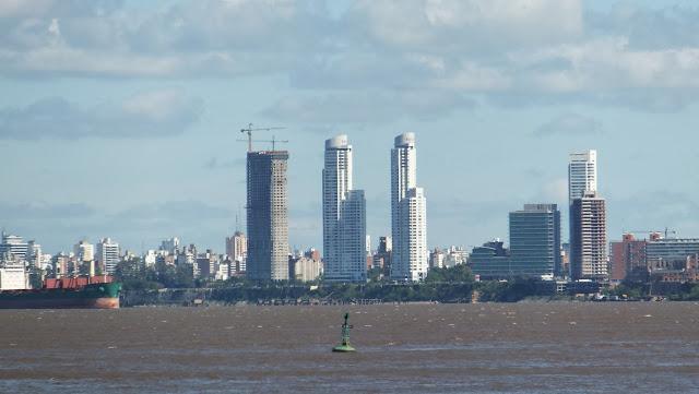 Skyline, Costa Alta, Paseo del Caminante, Río Paraná, Rosario, Argentina, Elisa N, Blog de Viajes, Lifestyle, Travel