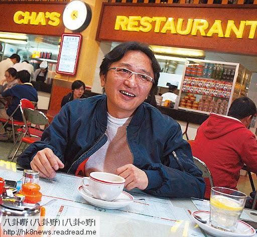 同樣以港式茶餐廳做賣點的查餐廳,裝修亦刻意模仿香港舊日的茶餐廳格局,老闆侯傑輝指在上海開鋪十分費時費力,短期內不會再開鋪。(關永浩攝)