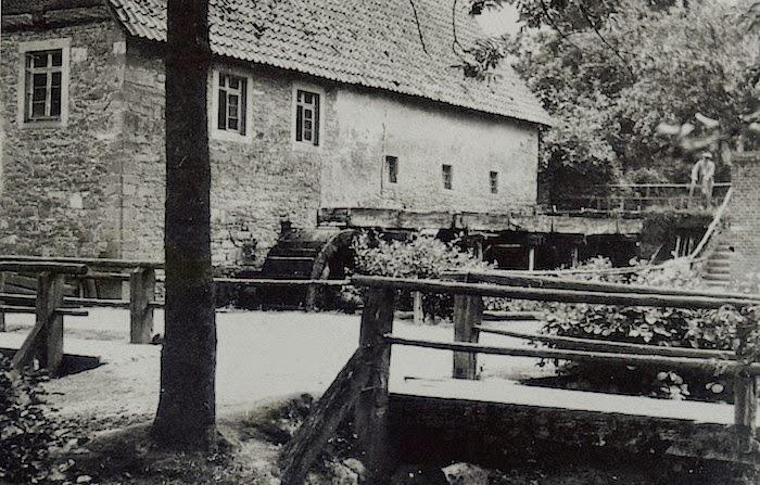 Die ehemalige herrschaftliche Mühle in Langenholzhausen. Erbaut 1568 von Simon VI.