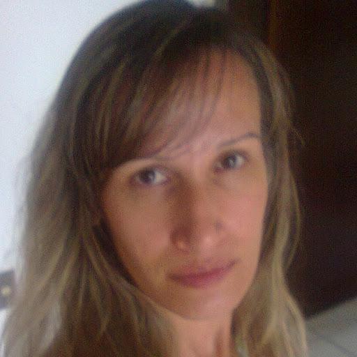 Miriam Azevedo Photo 8