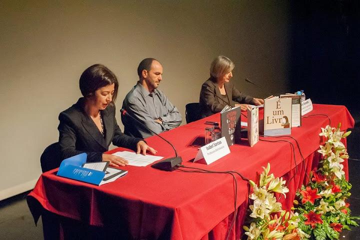 Mais de 150 especialistas na área das bibliotecas reuniram no Teatro Ribeiro Conceição