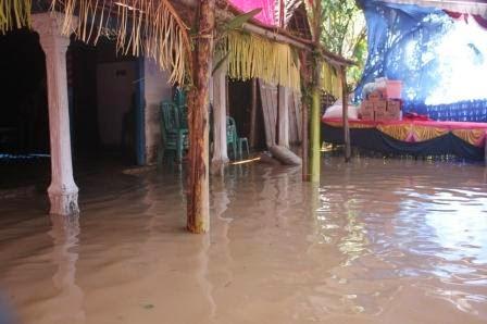 Berita foto Sinar Ngawi hari ini: Banjir bandang di wilayah kabupaten ngawi dan sekitarnya