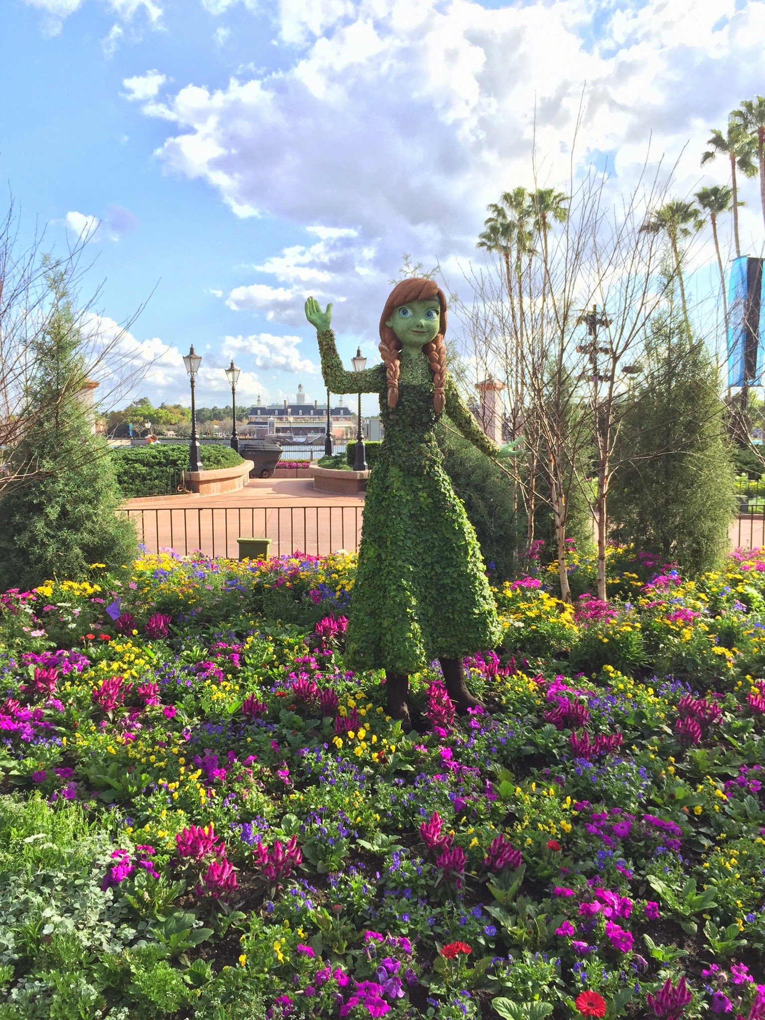 2015 Epcot Flower And Garden Festival Opening Day Photos