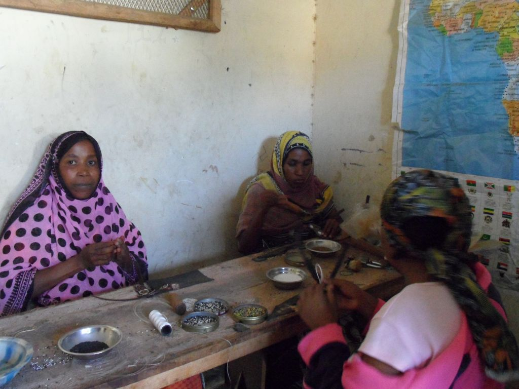 Arusha'da Parmak Arası Terlik Üretimi